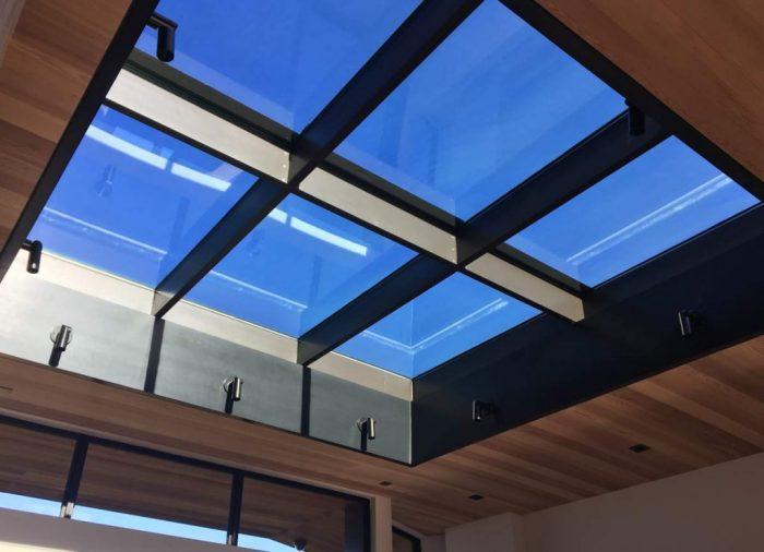 سقفهای حیاط خلوت با نورگیر حبابی