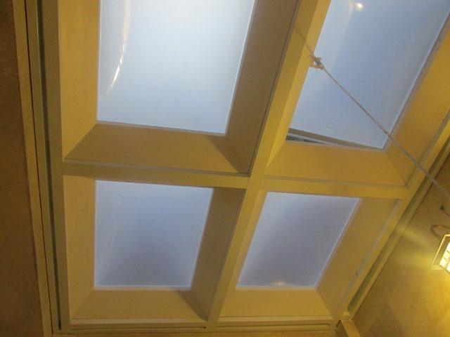 پوشش سقف حیاط خلوت با ورق پلی کربنات